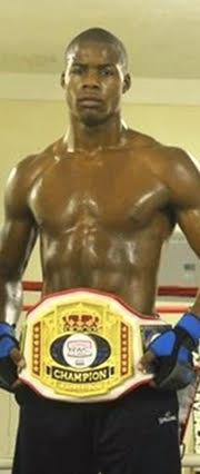 Split-T Management Signs Amateur Heavyweight Star Devon Young